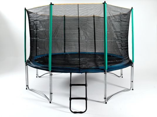 13ft trampoline with enclosure
